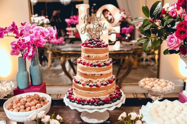 Naked Cake | Confira dicas essenciais para escolher o seu e tire suas dúvidas - Veja lindos modelos de bolo de casamento e escolha agora o seu confeiteiro!