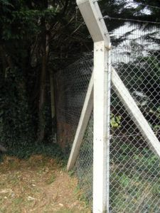 Best 25 Concrete Fence Posts Ideas On Pinterest Fence