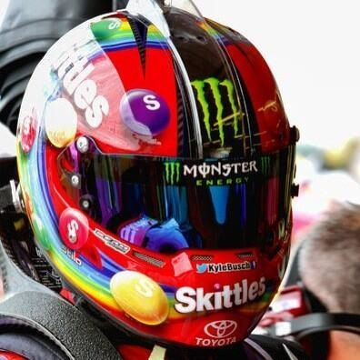 Kyle Busch Skittles Beam Designs NASCAR helmet for Phoenix race. Stilo.