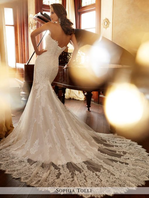 Jacqui by Sophia Tolli available at Sincerely, The Bride Vancouver, Washington Portland Oregon Metro #sincerelythebride #oregonbride #nwbride #washingtonbride