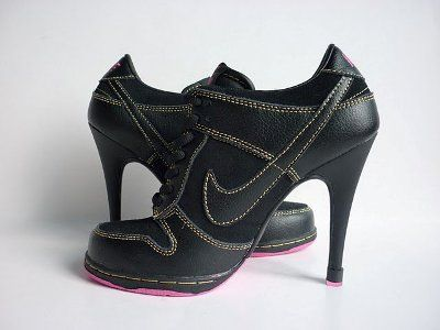 Tênis de Salto Alto Nike 6