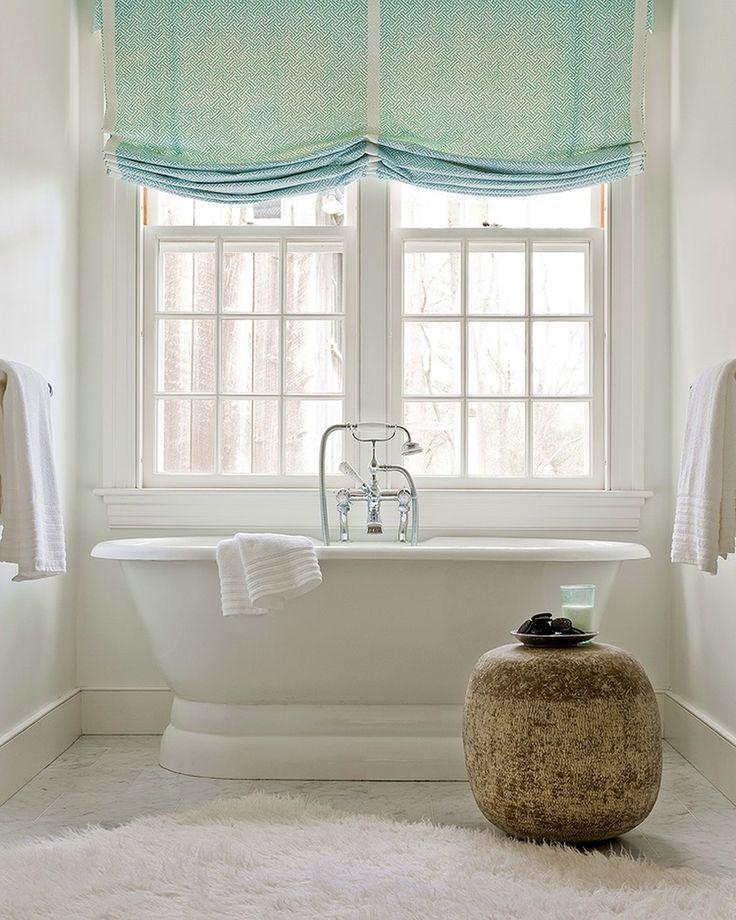 Римские шторы в интерьере: 115 лучших идей из античности для современного дома (фото) http://happymodern.ru/rimskie-shtory-v-interere-65-foto-luchshee-iz-antichnosti-v-vash-dom/ Римская штора мятного цвета под названием