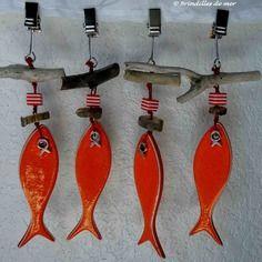 Poids de nappe sardine en porcelaine et bois flotté                                                                                                                                                                                 Plus