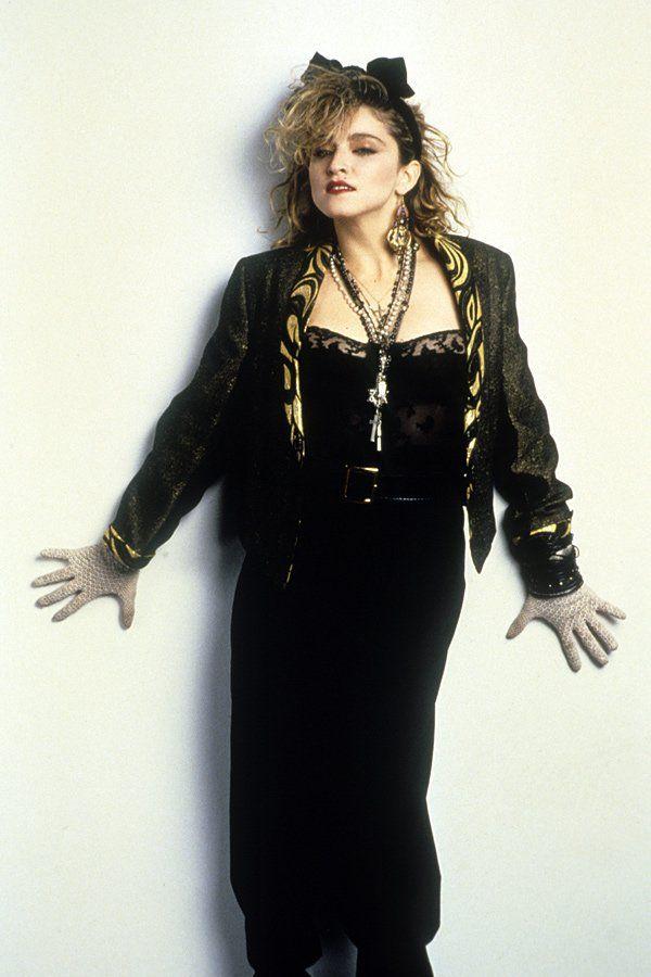 Madonna Ikone der 80er Jahre. Mode in den 1980er Jahren. Info's unter: http://www.jolie.de/mode/80er-jahre-die-mode