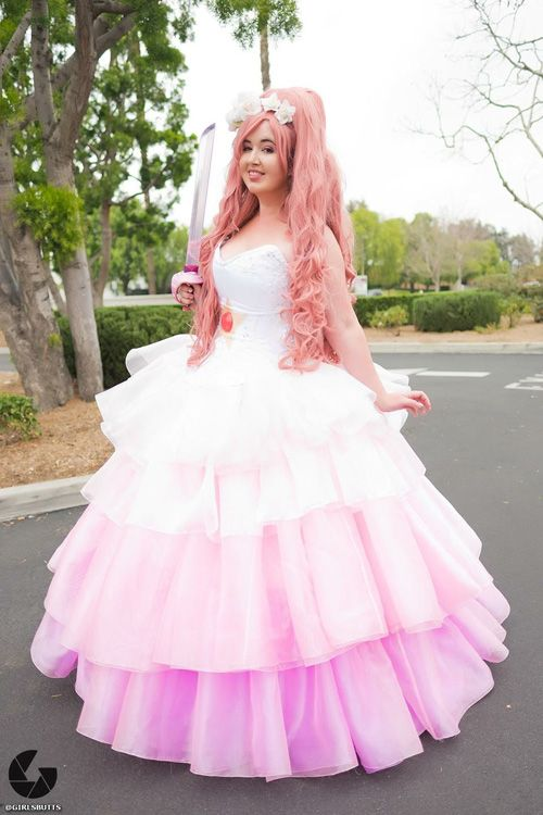 ROSE QUARTZ COSPLAY: aimee major