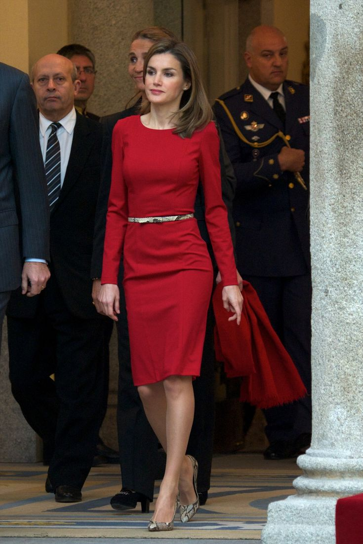 This simple red dress, paired with snakeskin pumps. | 30 reasons why Queen Letizia of Spain should be your new style icon http://aol.it/1uLAlYk