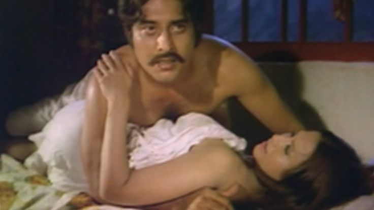 """cool Vinod Khanna Kissed """"Dimple Kapadia"""" Forcefully in an Intimate Scene"""