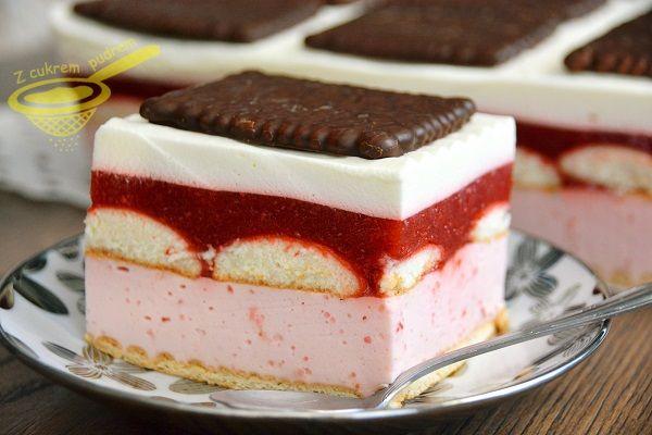 Ciasto idealne w sezonie truskawkowym i podczas upałów, jak znalazł, każdemu się uda, pycha <3                  15 sztuk jasnych herbatników...