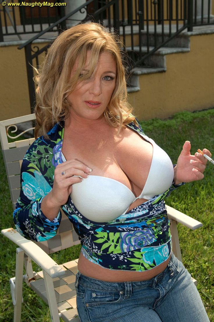 Slutty Mature Big Tits 12