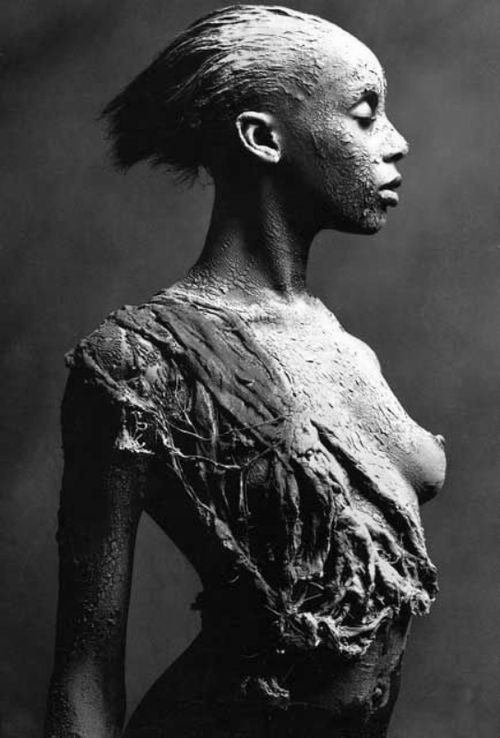 black-white-madness:  Carolyn Cowan Body Painting