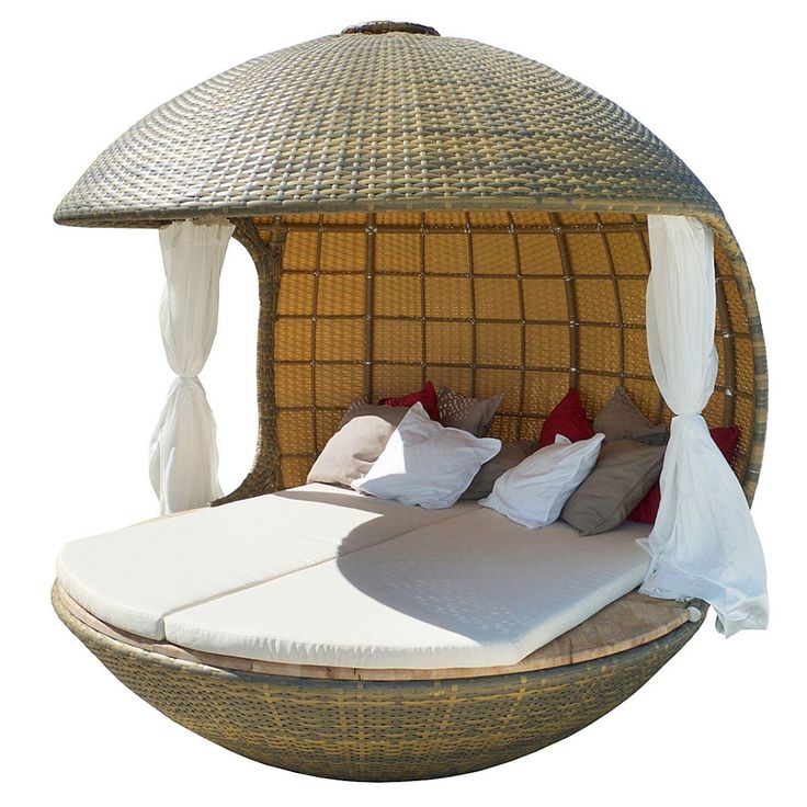 Intricate and organic design of the Cocoon tree beach daybed Furniture Style. Sweet Cabana Design With Amazing Cocoon Cane Work