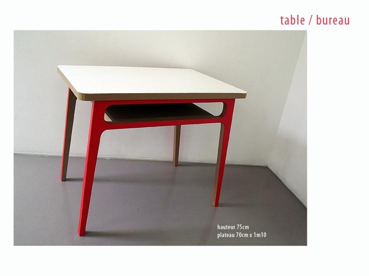 Table / Bureau