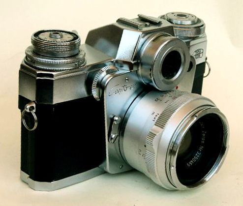 Zeiss Ikon Contarex Bullseye my first camera gift passed down from my dad. This incredible piece of engineering and that #Zeiss glass takes amazing photographs