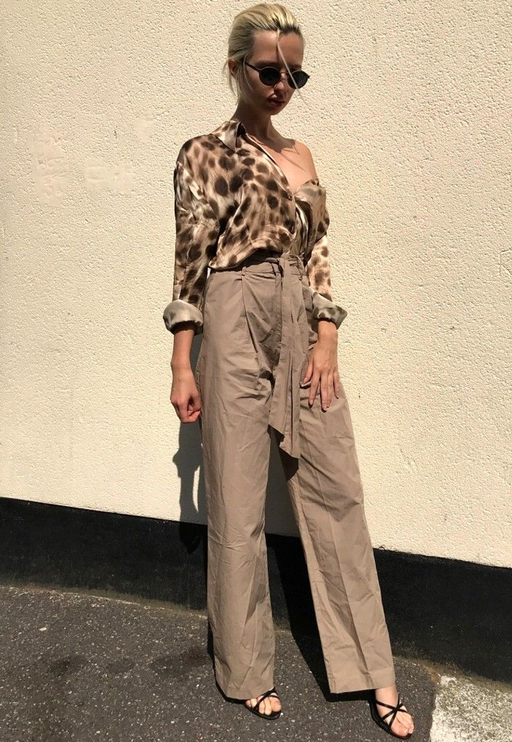 Silk vintage shirt and high waisted trousers