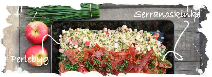 SalatTøsen » Salat af perlebyg, æble og bagt serrano
