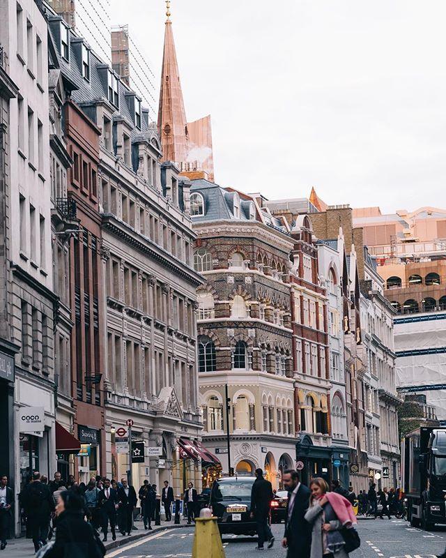 仕事帰りの一枚 ロンドン イギリス London Salaryman Scenes Instagram Street View