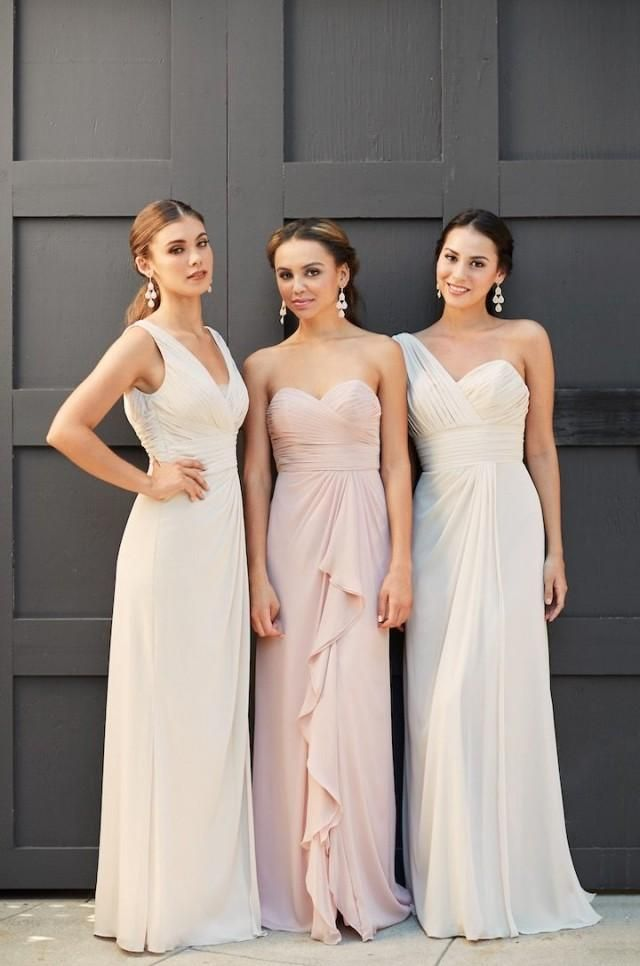 Elle We've all seen the movie and as much as we love Katherine Heigl, let's be honest. We don't want a closet full of bridesmaid dresses we've only worn once. With Vow to be Chic, your girls can rent a designer dress for your wedding and once they're done, simply send it back!