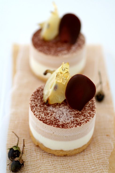 Green apple, caramel and milk chocolate mousse cakes
