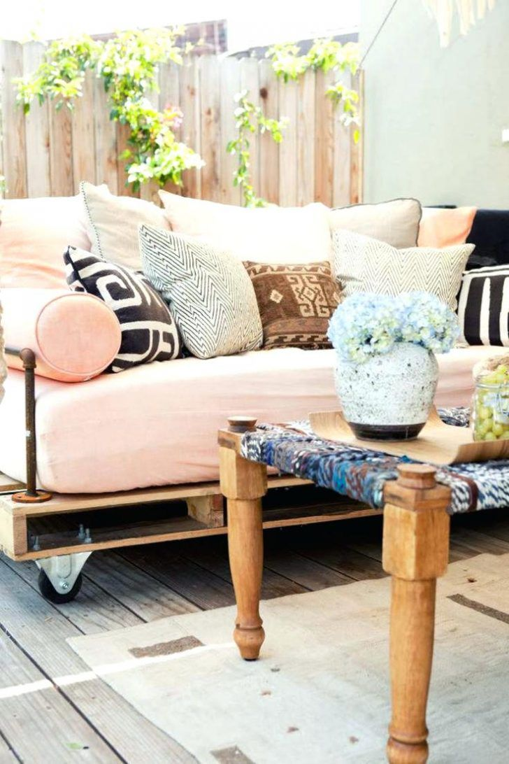 Wood Pallet Daybed Best Where To Buy Pallets Ideas On Get Industrial Outdoor Sofas And Couch Diy Wooden