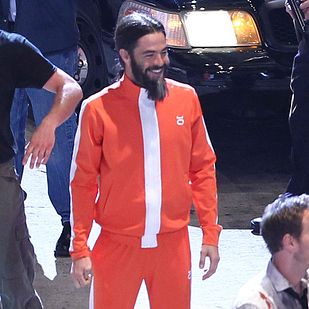 Chris Pine's Crazy Beard Is So Funny