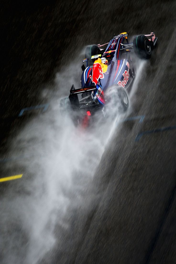 Amazing picture of Redbull smoking the rubber