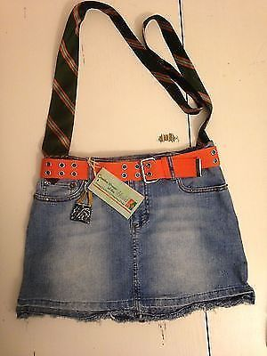 Cutest Crafts Made from Recycled denim: recycled jeans purse