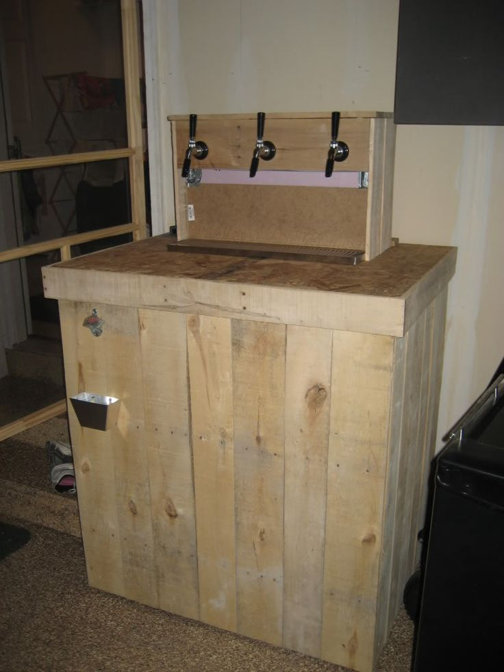 The pallet keezer home brew forums home brewing pinterest pallets kegerators and bar Home bar furniture with kegerator