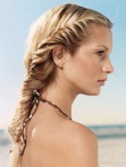 Beach Hairstyles 3 quick and easy beach and pool side summer hairstyles Cool Beach Hairstyles To Try
