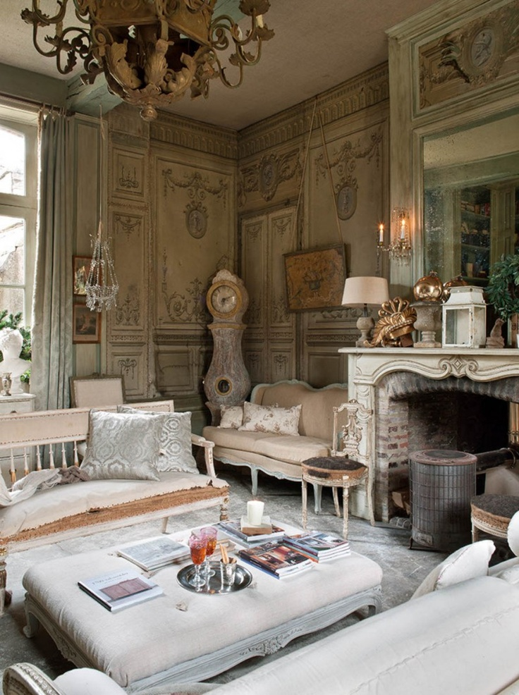 Le Grillon Voyageur OMG I just love this room