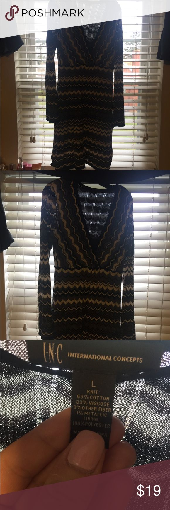 Inc Large Winter knit dress Sparkly fun missoni like knit design on this INC dress. Size large, but I feel INC runs on the smaller side. Black, white, and pattern. Lined with a fine black fabric. I have enjoyed wearing this dress. Throw on some black tights and boots and go! INC International Concepts Dresses
