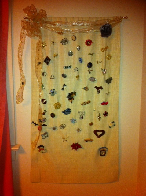 Cortinas De Baño Geek:created a hanging for all my pins