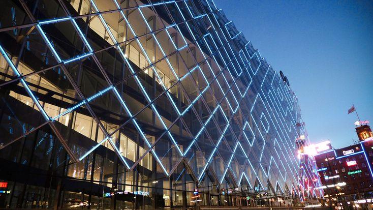 confederation of danish industry headquarters interactive LED facade - kollision + martin professional + transform