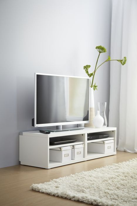 A White BEST TV Bench Gives Any Living Room Classic Clean Look With Extra