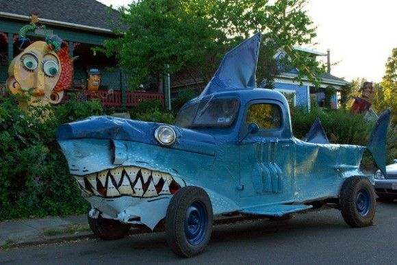 strange cars weird funny cars weird car that looks like shark all weird things wheels with. Black Bedroom Furniture Sets. Home Design Ideas