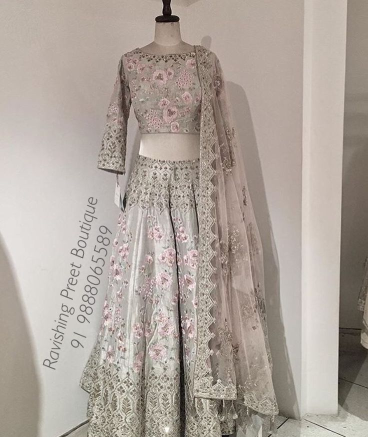 For book ur order kindly send message on whatsapp ,Facebook or call at 09888065589 #bridal wear #latest gown #punjabi ethnic wear #best wedding lehnga #Indian wear #punjabi suit #salwar suit