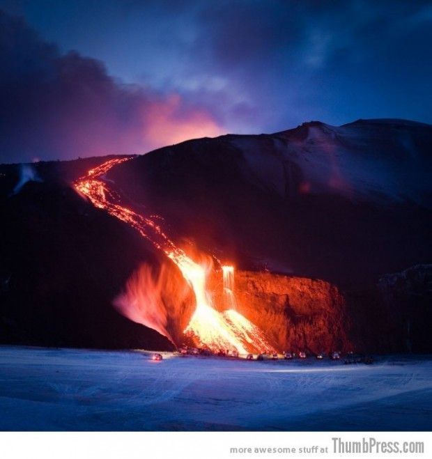 25 Marvelous Shots of Breathtaking Landscapes. Photographer Unknown(source)  EYJAFJALLAJÖKULL VOLCANO, ICELAND
