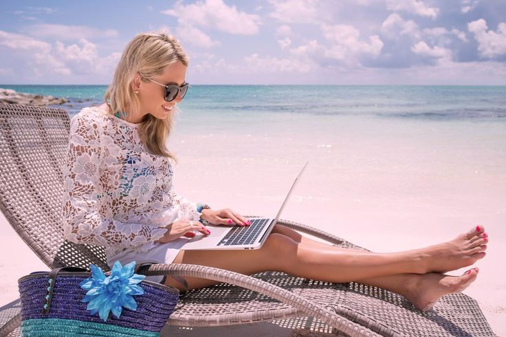 People always ask me how I manage to get so many things done in a day. How I manage to balance a full time job, studying for my MBA and running TFEC.... well I'm spilling the beans on the exact tools I use to manage my time and boost productivityhttps://femaleentrepreneurcollective.com/what-is-productivity/