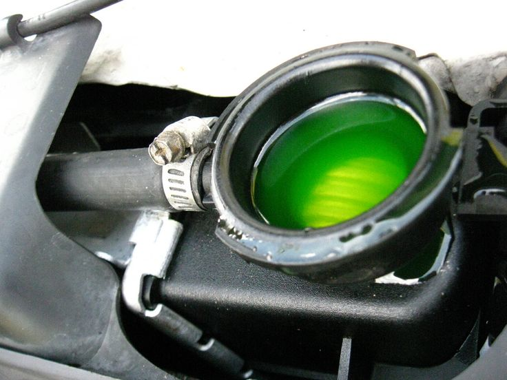 Five Fluids to Check to Keep Your Car Running Smoothly