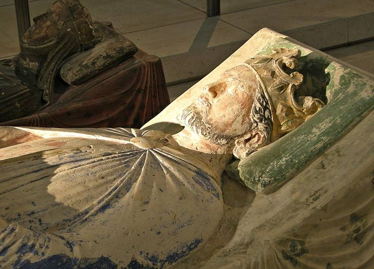 King Richard I (the Lionhearted), son of Eleanor of Aquitane and King Henry II - effigy at Fontevraud.