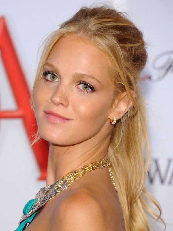 How-to: Erin Heatherton's CFDA Fashion Awards hair and makeup: http://beautyeditor.ca/2012/06/14/how-to-erin-heathertons-cfda-fashion-awards-hair-and-makeup/