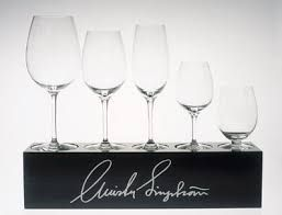 A very popular collection of Swedish crystal glasses designed by Sweden's only two-star restaurant owners in the prestigious Michelin Guide Christer Lingström.