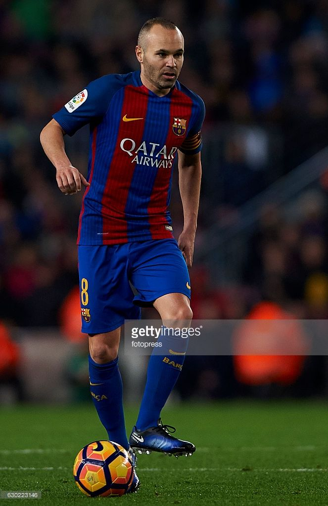 Andres Iniesta of Barcelona in action during the La Liga match between FC Barcelona and RCD Espanyol at Camp Nou Stadium on December 18, 2016 in Barcelona, Spain.
