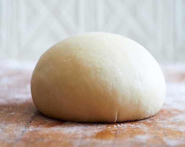 Πανεύκολη ζύμη για πίτσα με δύο υλικά