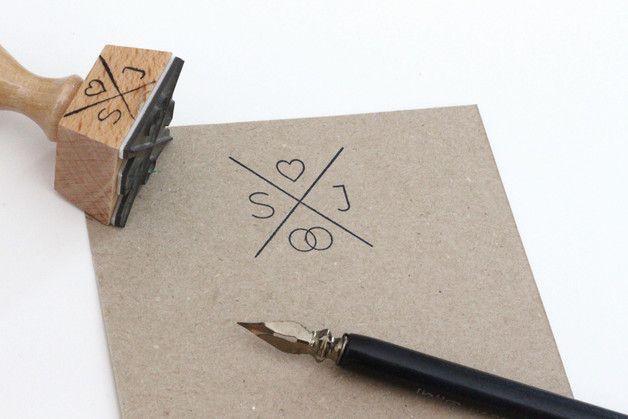 die besten 17 ideen zu herz namen tattoos auf pinterest. Black Bedroom Furniture Sets. Home Design Ideas