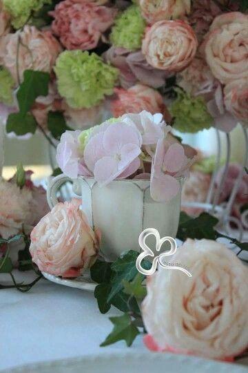 Romanticismo è ciò che tocca la sensibilità e la invita all'emozione. (Atsuro Tayama)