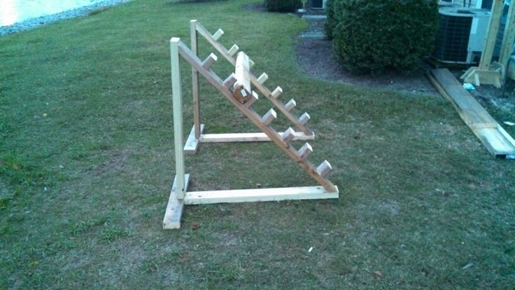 I am going to make these but smaller. Easy, fast and can be put together super fast and put up/moved easily.