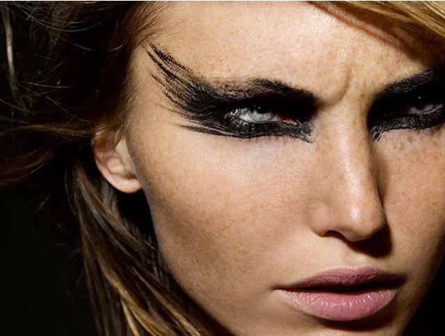 Special: drama met eyeliner | Mademoiselles De Mode