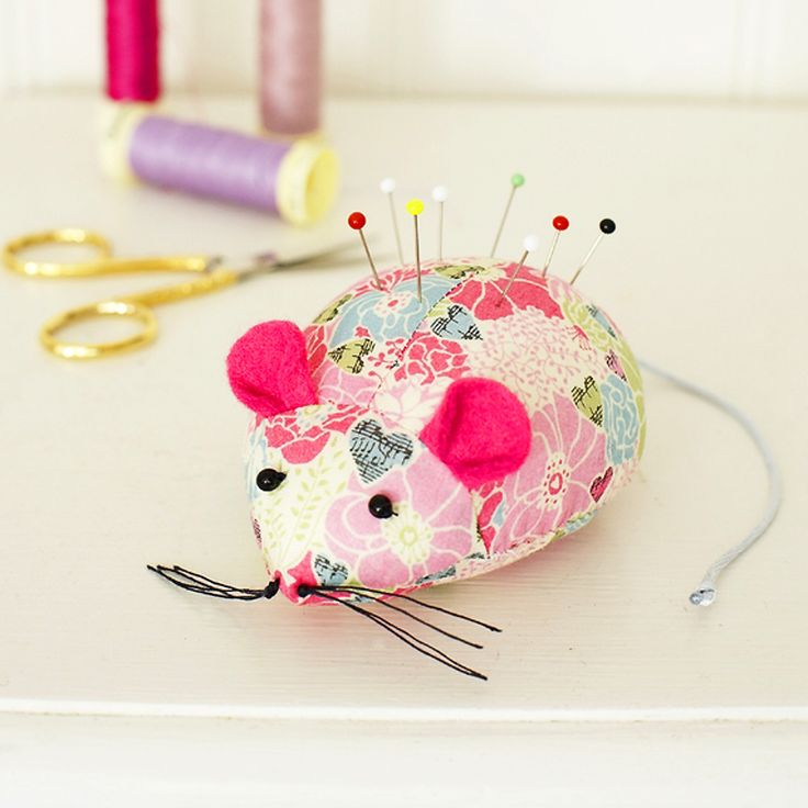 If you've got leftover scraps of fabric from past sewing projects, put them to good use for future sewing: sew this mouse pincushion