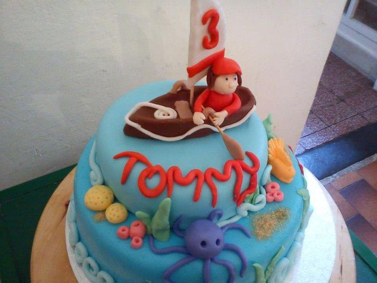 "Torta ""a Tommy piace il mare"""
