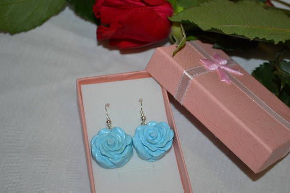 Hey, I found this really awesome Etsy listing at https://www.etsy.com/uk/listing/544942651/violet-floral-earrings-polymer-clay-rose